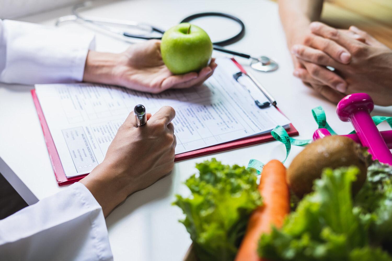 Consulta com nutricionista: veja como funciona